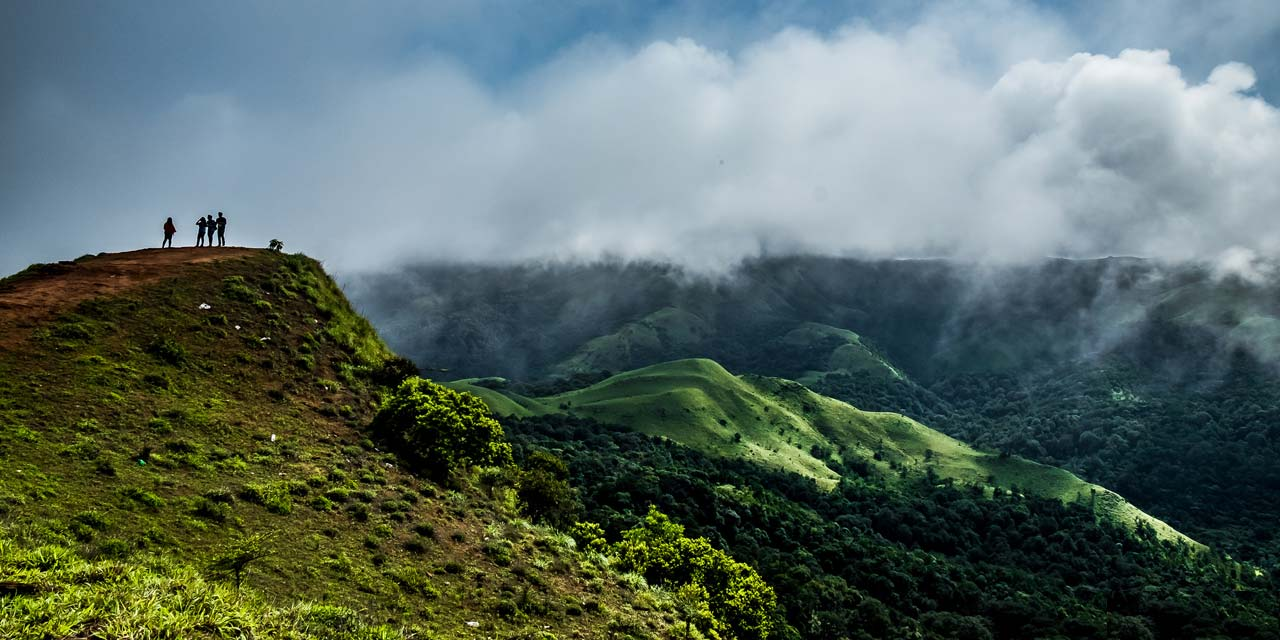 Mandalpatti Trek / View Point  Coorg (Entry Fee, Timings, Entry Ticket Cost, Price, Map & Distance)